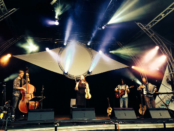 Pete Thomas with Jackie Oates and her band at Bunkfest 2014