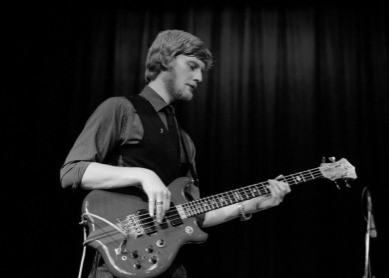 Pete Thomas with the Tom Michell Trio at Kenton Theatre